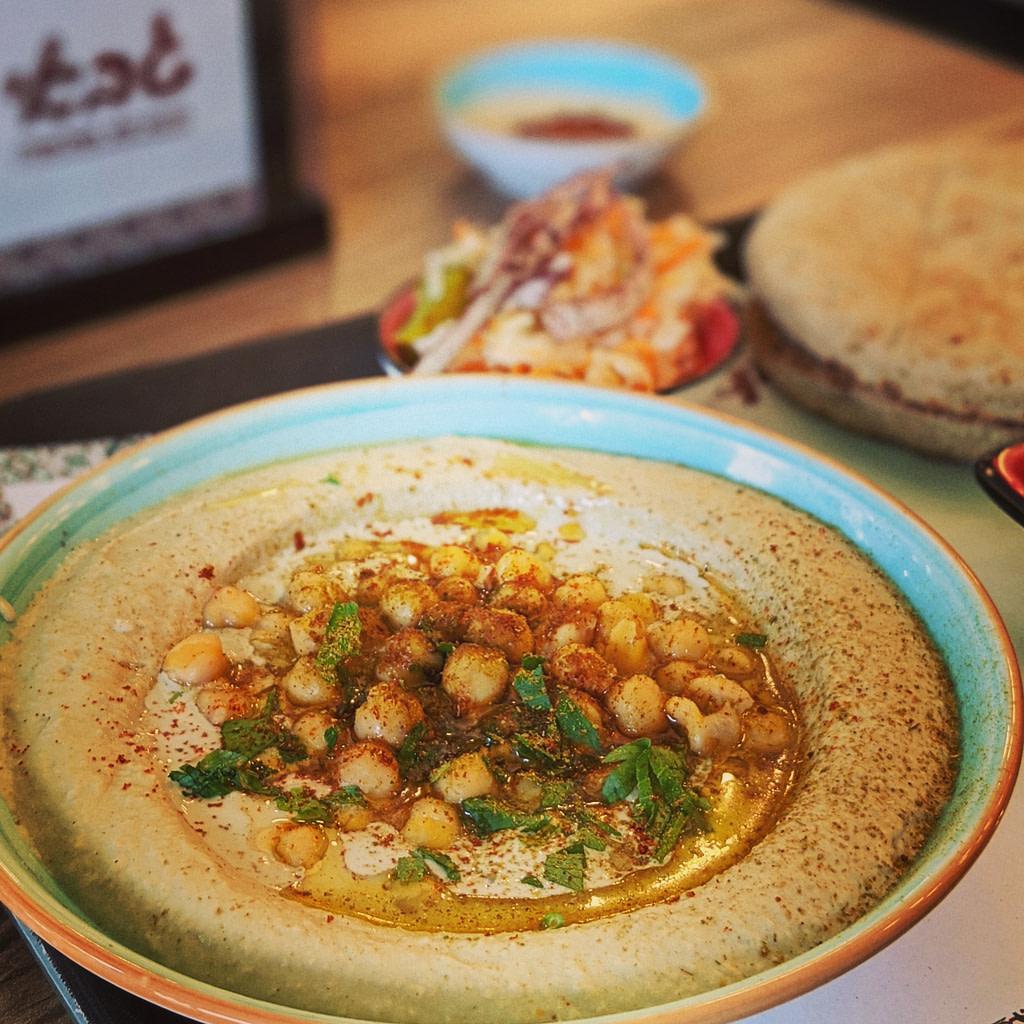 Hummus for falafel